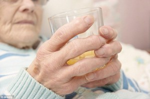 Drinking Orange Juice helps in tackling Cognition in Elderly: Brain Health